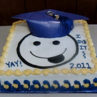 Smiley Face Graduation Cake