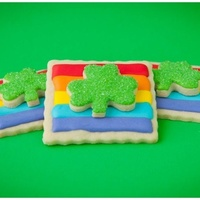 Rainbow Shamrocks Thanks to bakeat350 for the awesome idea!