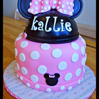 Minnie's First Birthday All decorations made of fondant.