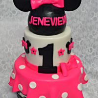 Minie Mouse Bowtique All edible , Fondant Cake. Minie mousse bowtique