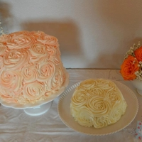 """old Fashioned"" Baby These cakes were made for a 1 year old. They wanted an antique feel. TFL"