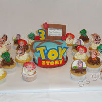 Toy Story Woody, Jessie, Buzz Lightyear, Rex, Bullseye All decorations are made of fondant.