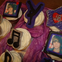 Beiber Fever!!! Justin Beiber themed party with cupcakes and a matching 6 inch topper. All done in mmf, tfl!