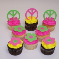 Peace & Flower Cupcakes