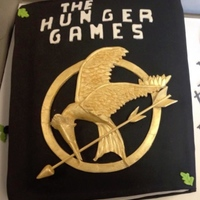 Hunger Games Mockingjay Book Last minute cake I did for a friend of mine She wanted a book shaped cake with the mockingjay as the main focus. The Mockingjay took longer...