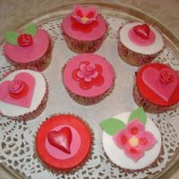 Valentine Cupcakes Valentine cupcakes for my daughter (6). Fondant decoration.