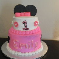 Minnie Mouse Cake   WASC cake covered in buttercream with fondant accents! TFL!