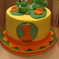 Frog! never made frogs before..used all fondant. i stink at BC cakes so this was a pain for me...my neighbors grandson was turning one so they...