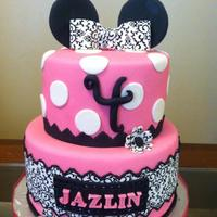 Birthday Cakes This Minnie Mouse cake was decorated to match the little girl's birthday outfit.