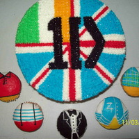 "1 Direction 8 Round With 5 Cupcakes All Buttercream 1 Direction - 8"" round with 5 cupcakes - all buttercream"