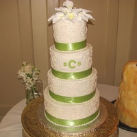 4 Tiered Round Wedding Cake 6, 8, 10, 12 buttercream, gumpaste calla lilies tyflpic of dog cake will be posted later Thanks