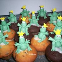 Frog Prince Cupcakes for a theme Birthday Party