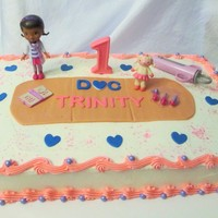 Doc Mcstuffin's A cake for my great niece!