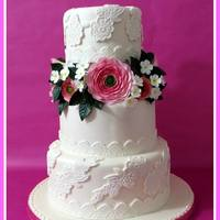 Lace & Sugar Flowers Wedding Cake *