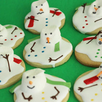 These Are Melted Snowman Cookies I Used Melted Chocolate For The Arms Fondant For The Scarves Modeling Chocolate For The Noses And Confet  These are melted snowman cookies. I used melted chocolate for the arms, fondant for the scarves, modeling chocolate for the noses and...