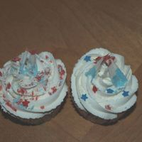 Red, White And Blue Cupcakes I did these cupcakes for a Red, White and Blue Birthday. French VanillaButtercream/WASC. Chocolate curls!