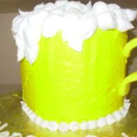 Beer Mug This was made for my dads birthday. It is a carrot cake with buttercream. I had a hard time with the suds. I think it looked ok but the...
