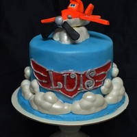 Dinsey Planes Dusty Crophopper Cake With Gumpaste Dusty Clouds Are Fondant Cake Also Covered In Fondant Dinsey Planes Dusty Crophopper cake with gumpaste dusty clouds are fondant cake also covered in fondant