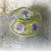 Gluten Free Wedding Cake Made Entirely Of Gelatineven The Flowers Are Milk Based I Gelatin Infused In The Clear Gelatin Base Gluten free wedding cake. Made entirely of gelatin...even the flowers are milk based i gelatin infused in the clear gelatin base.