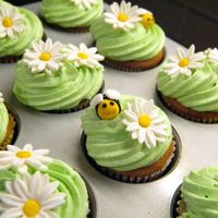 Bee Cupcakes Lemon poppyseed cupcakes with fondant accents!