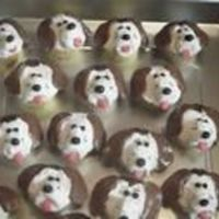 Puppy Cupcakes These are some beagle cupcakes I made to celebrate my pup's 6th birthday. The directions and inspiration came from Hello Cupcake!