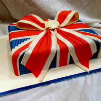 Union Jack Cake  Birthday cake for a friend who was moving to England. Inspired by a retro Union Jack cushion I once saw, thinking it would make a great...