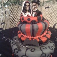 Halloween Wedding Cake Halloween wedding cake.