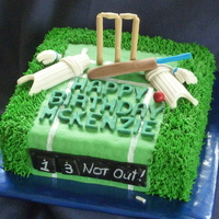 Mckenzie's 13Th I made this for my little cousin, who is a mad cricketer. My husband and son both play too so they helped by providing ideas and actual...