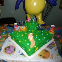 Backyardigans Yellow cake covered in Buttercream icing