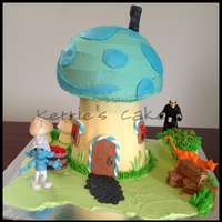 Smurf House buttercream and fondant