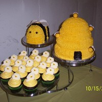 Beehive & Cupcakes
