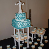 Wedding Cake Square wedding cake with cupcakes