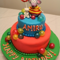 Toopy And Binoo Cake fondant Toopy and Binooo.with gelatin bubbles.. for my sons B'day..He Loved it.....