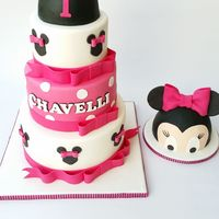 Minnie Birthday Cake With Small Smash Cake Minnie Birthday cake with small smash cake