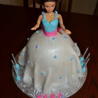 Barbie Cake My first fondant Barbie cake.