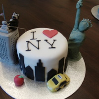 I Love New York Cake For somebody who's about to go on holiday there, an I heart New York cake!