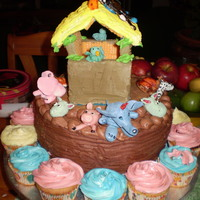 Noah's Ark Vanilla-chocolate marble with creamcheese btrcrm filling. Animals made from gumpaste.