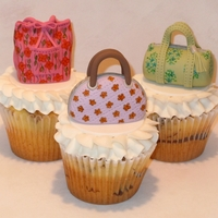 Vera Bradley Purse Cupcakes Made these for a cute pre-teen's birthday. Everyone had their own unique bag on an marble cupcake.