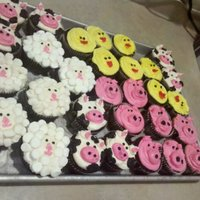 Farm Animals   Lamb, chick, cow, pig and cupcakes