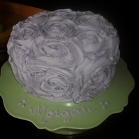 Lavender Rose Cake I decided to get on the bandwagon....I love the elegant simplicity of these cakes! So fun to decorate. :-)