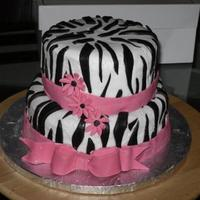 Zebra Happy Birthday Cake Puertorrican cake, almond frosting and details in marshmallow fondant. Bizcoho mojadito puertorrique?o, frosting sabor almendra y detalles...