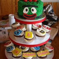 Yo Gabba Gabba Yo Gabba Gabba birthday cake and cupcakes. Thanks for looking.