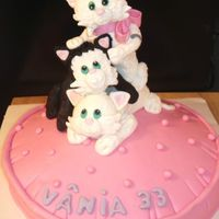 Three Little Cats This is a cake by Debbie Brown