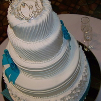 Bridal Show Display Cakes Another view of the winter themed cake.