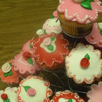 St. Valentine Cupcakes For the third grade St. Valentine's Party