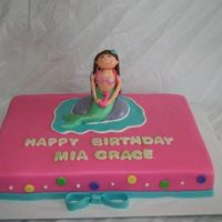Mermaid Cake All fondant except for mermaid which was 50/50 fondant mix.