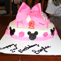 Minnie Inspired Cake 2 layer, Minnie Mouse inspired cake. All Fondant, Fabric bow!