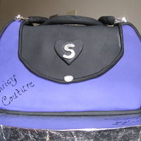 Stephanie's Juicy Couture Purse My first purse cake. Made for my daughter's 14th birthday.