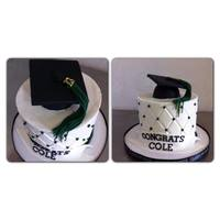 Graduation Cake Diamond PrintButtercreamGrad cap