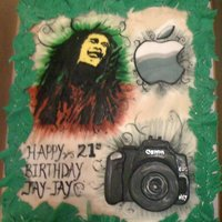 Bob Marley, Apple, And Nikon Fan Birthday Cake